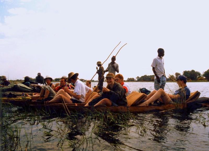 canoe botswana